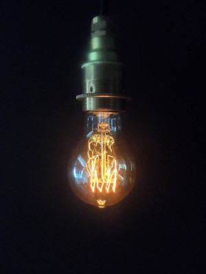 lightbulb v1